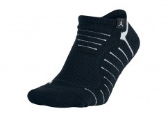 NIKE AIR JORDAN ULTIMATE FLIGHT ANKLE SOCK BLACK/WHITE