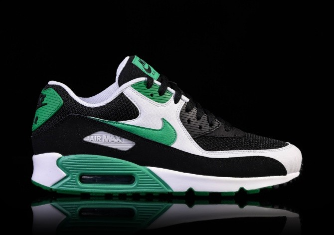 NIKE AIR MAX 90 ESSENTIAL STADIUM GREEN