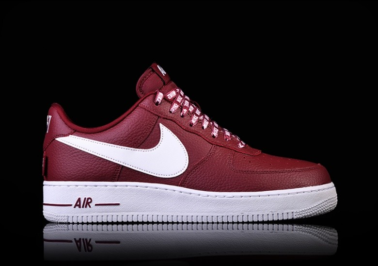 on sale classic fit discount NIKE AIR FORCE 1 '07 LV8 NBA PACK TEAM RED