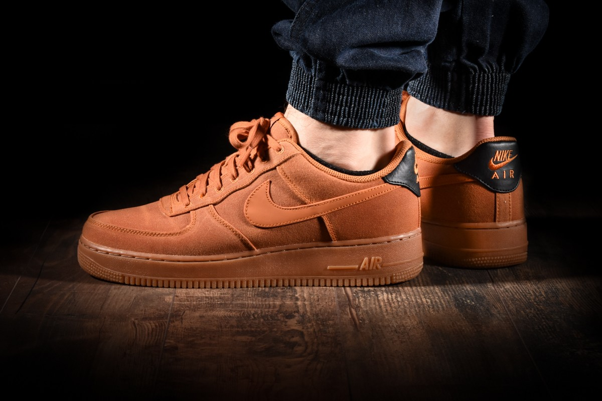 NIKE AIR FORCE 1 '07 LV8 STYLE for £95